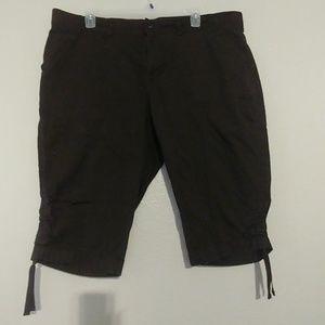 Pants - Capri's